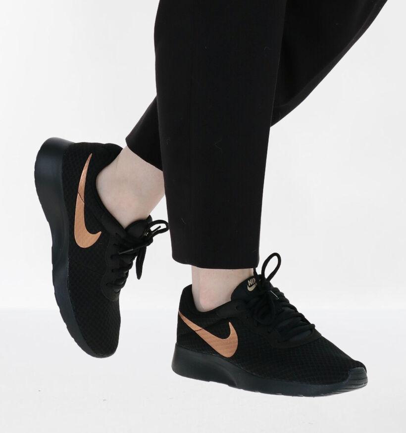 Nike Tanjun Baskets en Noir en textile (261705)