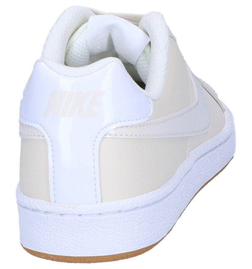Nike Court Royale Baskets basses en Blanc en cuir (250250)