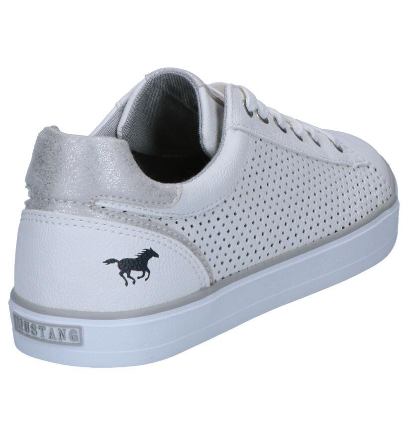 Mustang Chaussures à lacets en Blanc en simili cuir (266886)