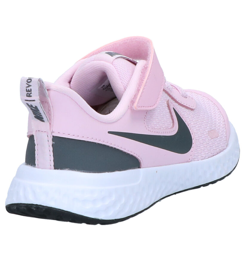 Nike Revolution Baskets en Rose en textile (261623)