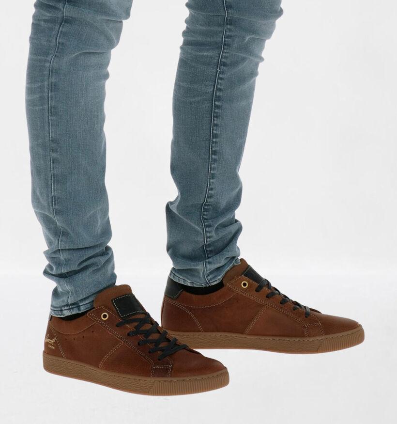 Bullboxer Chaussures basses en Brun foncé en cuir (276956)
