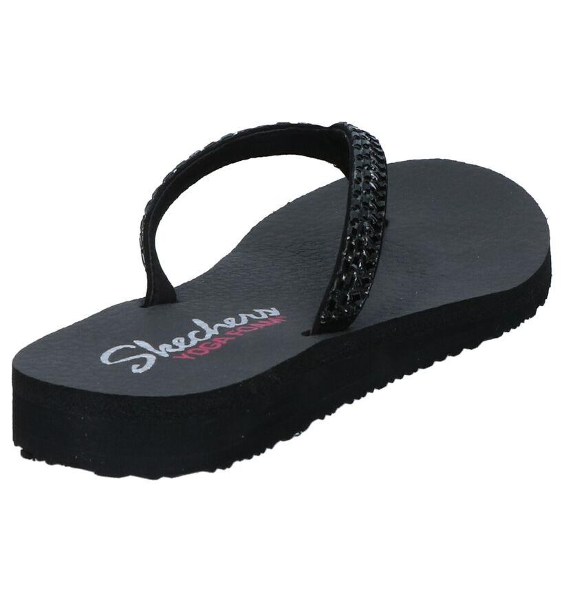 Skechers Yoga Foam Tongs en Noir en simili cuir (272796)