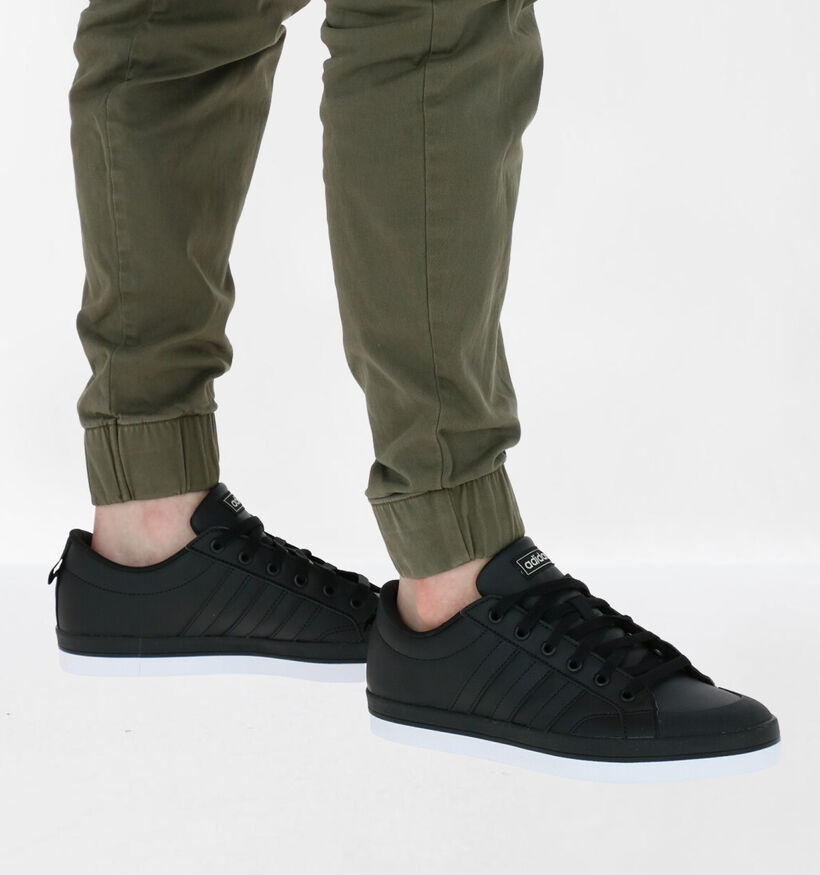 adidas Bravada Zwarte Sneakers in kunstleer (273040)