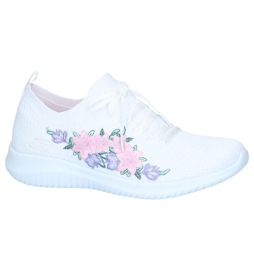 Witte Slip-on Sneakers Skechers Ultra Flex in stof (251989)