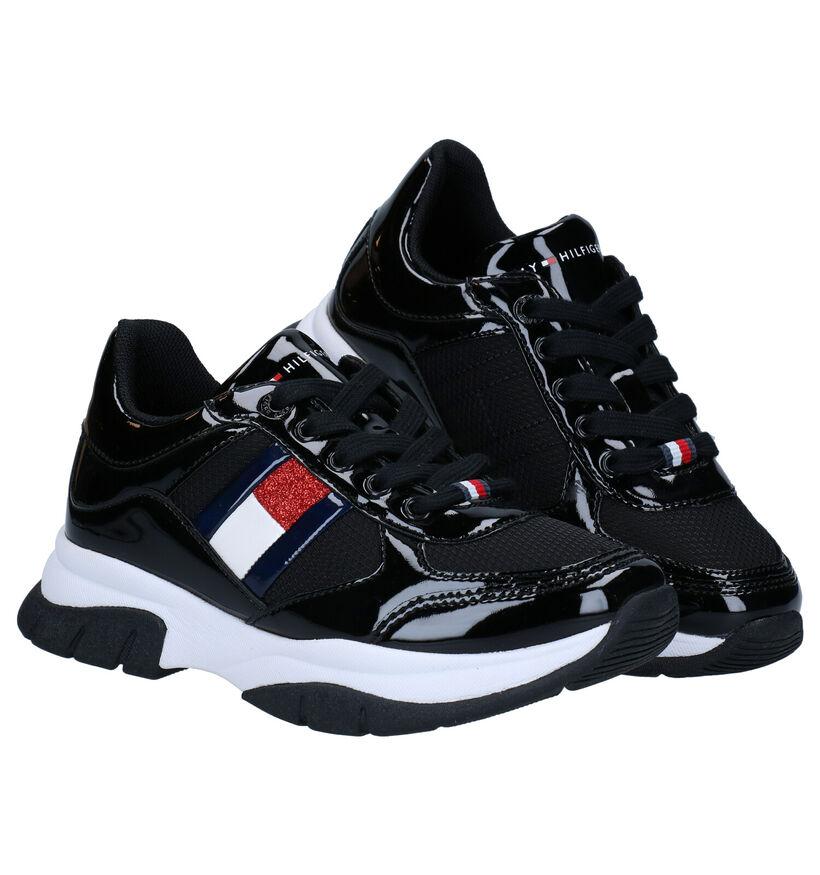 Tommy Hilfiger Chaussures basses en Noir en simili cuir (279911)