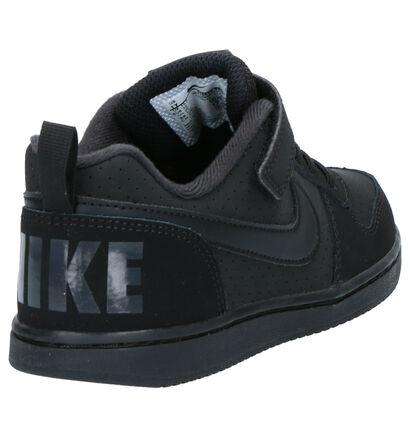 Nike Court Borough Low Zwarte Sneakers in kunstleer (261648)
