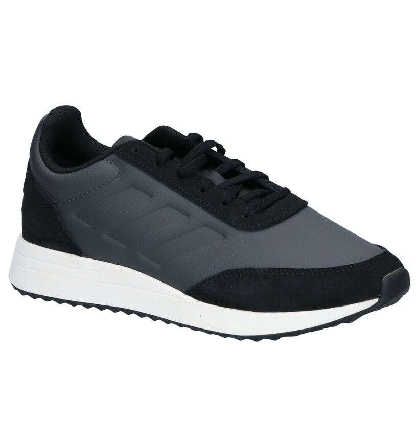 adidas Run 70s Sneakers Zwart in daim (261510)