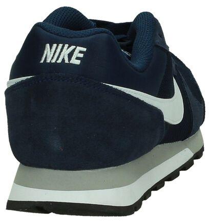 Nike MD RunnerBaskets basses en Bleu foncé en daim (178308)