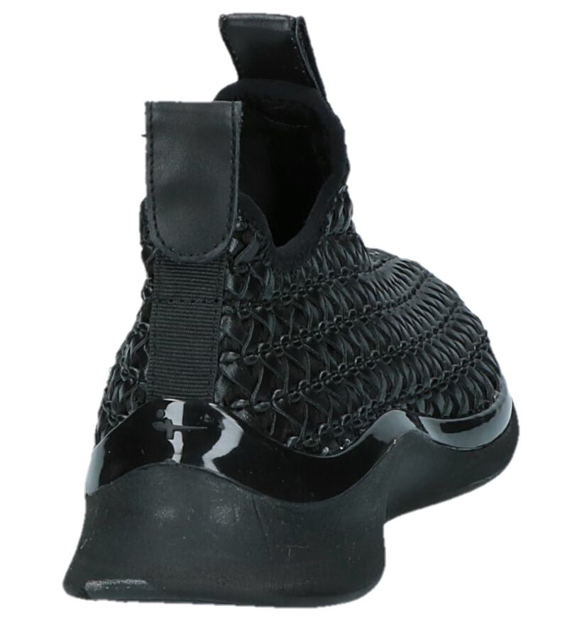 Tamaris TOUCH it Zwarte Slip-on Sneakers in kunstleer (222149)