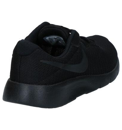 Nike Tanjun Baskets en Noir en textile (266736)