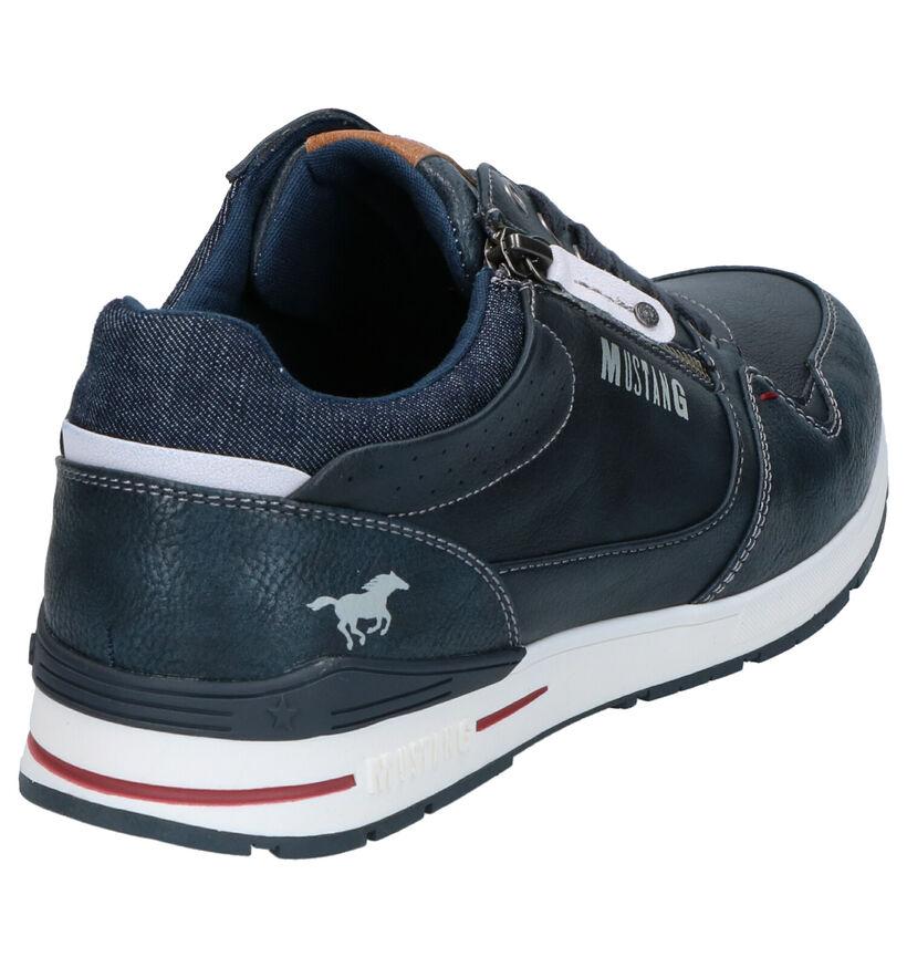 Mustang Chaussures basses en Bleu foncé en simili cuir (271420)