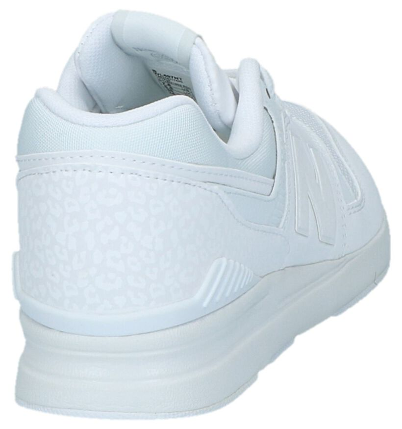 New Balance WL697 Witte Sneakers in kunstleer (220608)