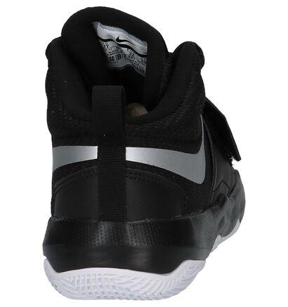 Nike Team Hustle D8PSV Zwarte Sneakers, Zwart, pdp