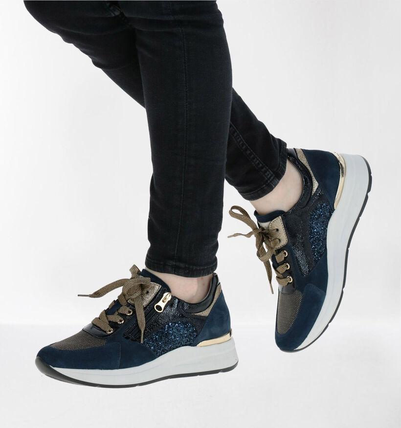 NeroGiardini Blauwe Sneakers in daim (278973)
