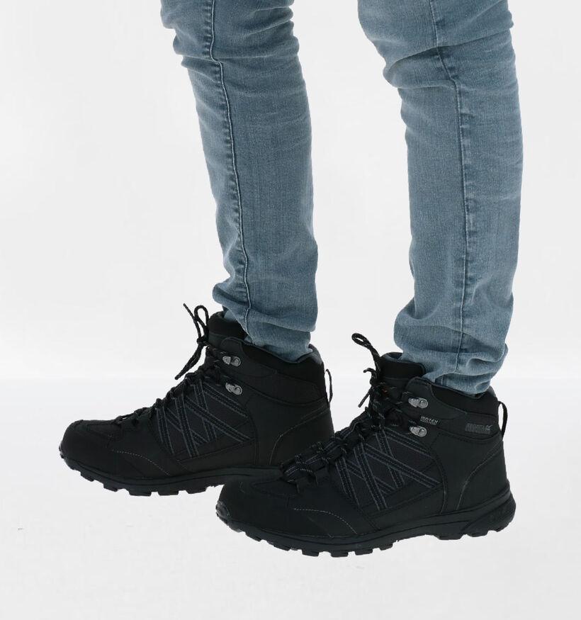 Regatta Samaris II Chaussures de marche en Noir en simili cuir (287381)