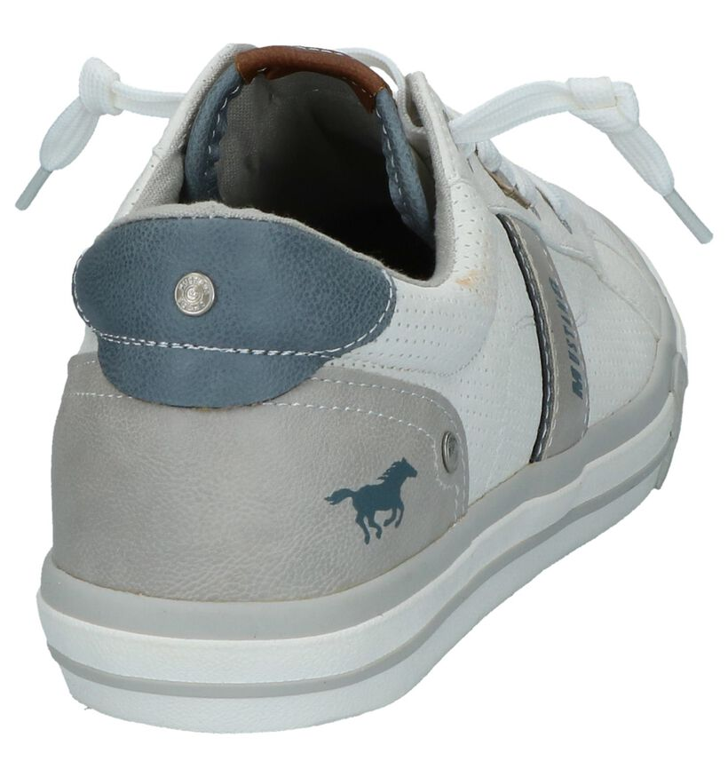 Mustang Chaussures basses en Écru en simili cuir (266717)
