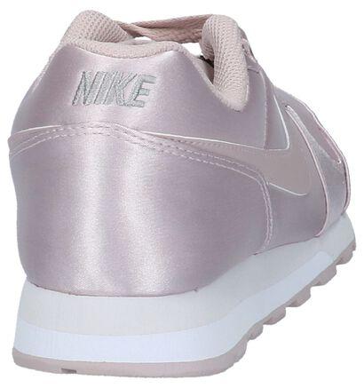 Nike MD Runner Baskets basses en Or rose en textile (209818)