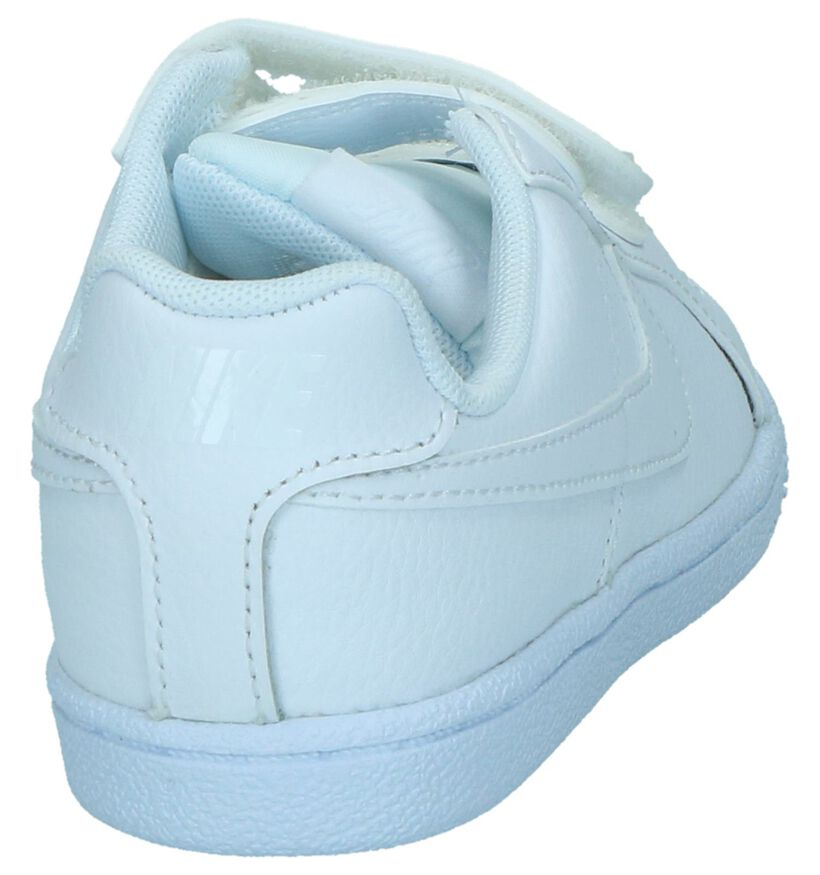 Nike Court Royale Baskets basses en Blanc en cuir (249906)