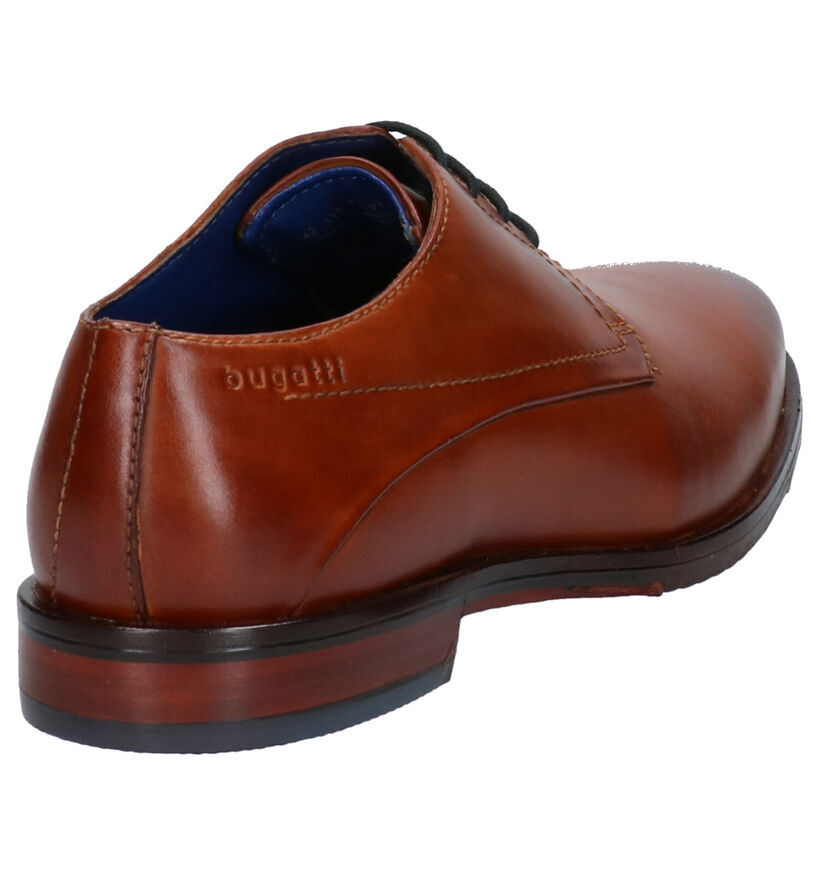 Bugatti Chaussures habillées en Brun foncé en cuir (255349)