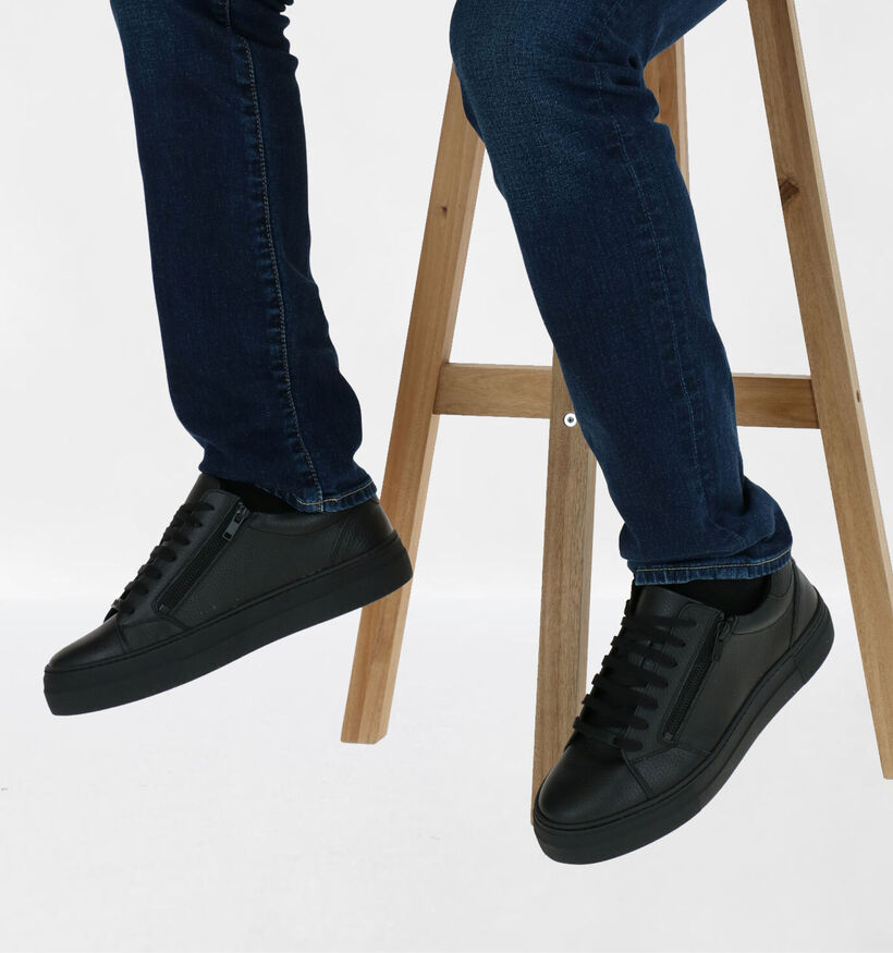Antony Morato Chaussures basses en Noir en cuir (282681)