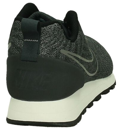 Nike MD Runner Baskets basses en Gris foncé en textile (200133)