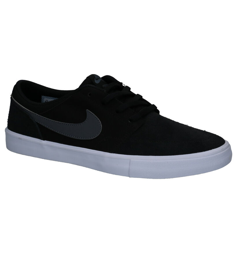 SB Baskets de skate en Noir en daim (266543)