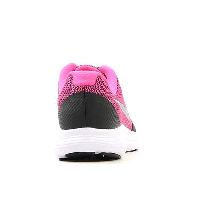 Nike Revolution Baskets basses en Noir en textile (211633)