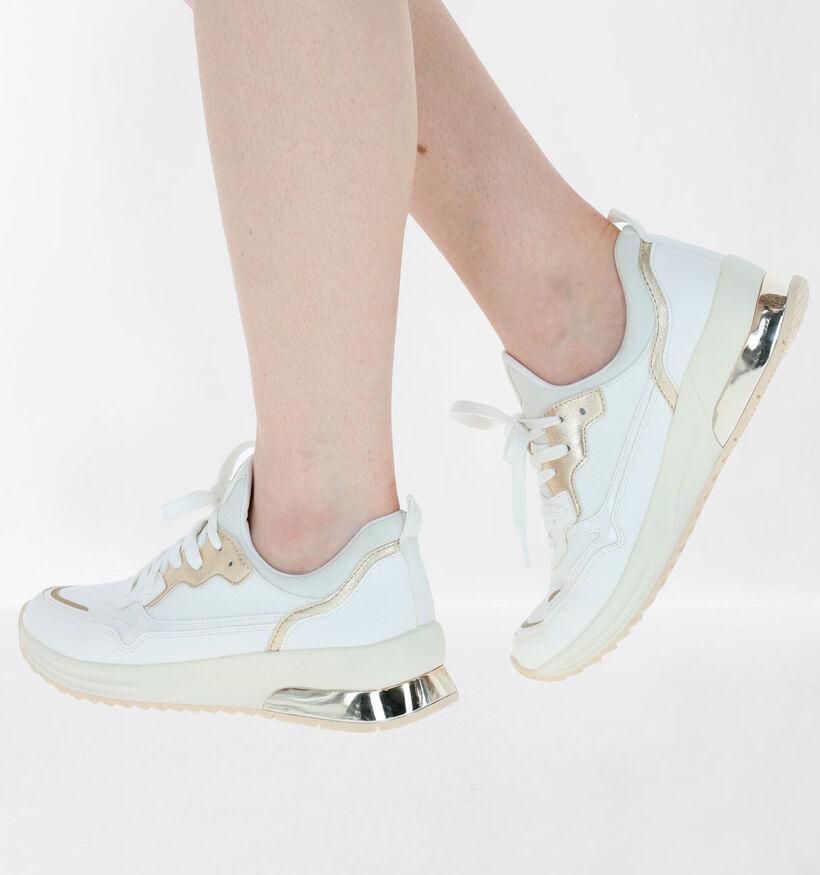 Tamaris Witte Slip-on Sneakers in kunstleer (280753)