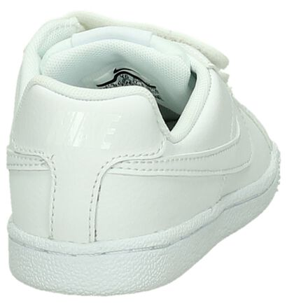 Nike Court Royale Baskets basses en Blanc en cuir (198119)