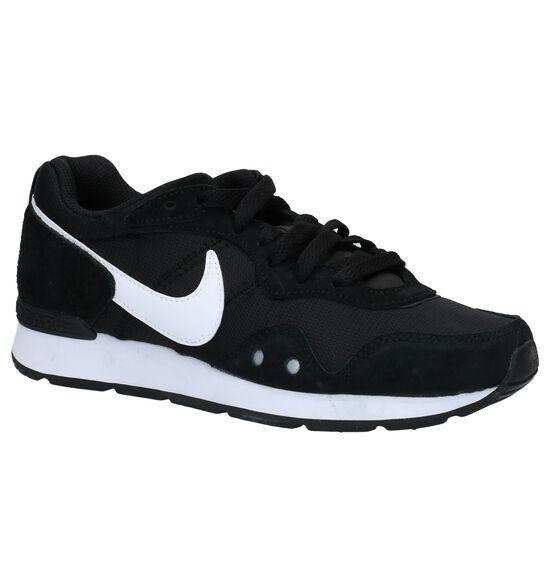 Nike Venture Runner Zwarte Sneakers