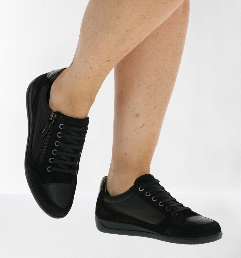 Geox Myria Chaussures à lacets en Noir en cuir (278866)