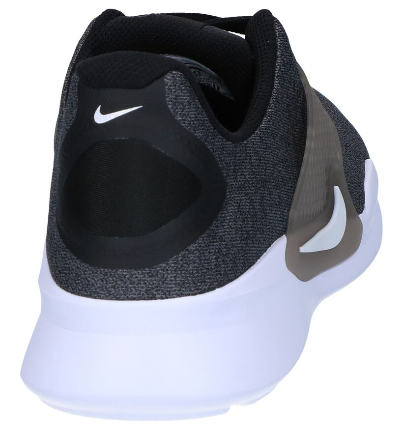 Nike Arrowz Baskets basses en Gris clair en synthétique (250327)