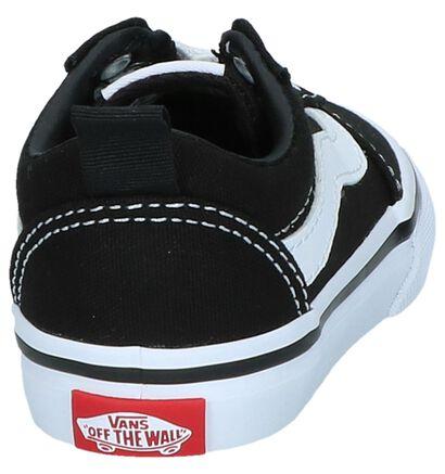 Zwarte Sneakers Vans Ward Slip-On in kunstleer (239853)