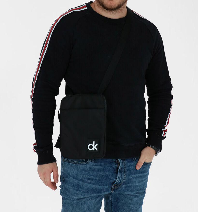 Calvin Klein Accessories Flat Pack Sac porté croisé en Noir en textile (280460)