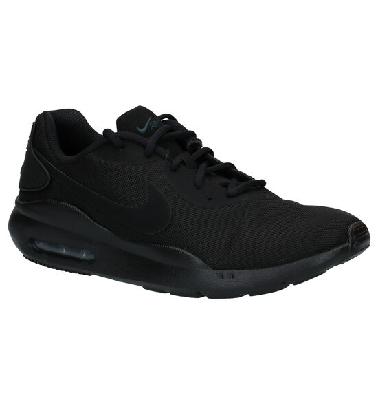 Nike Air Max Oketo Baskets en Noir