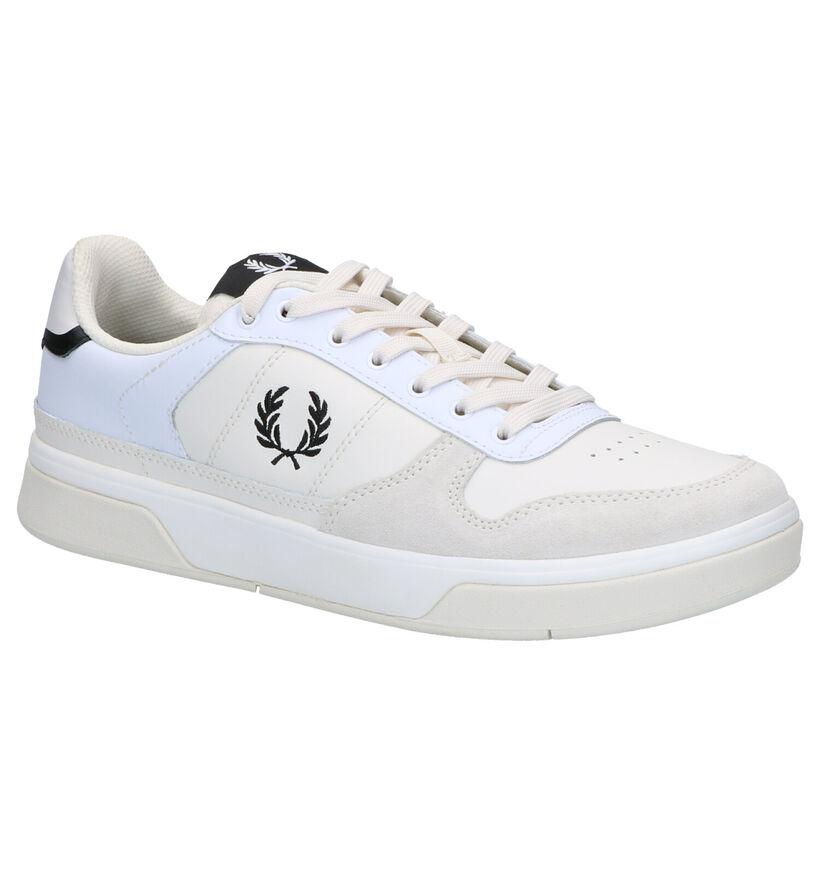 Fred Perry Witte Sneakers in daim (264192)