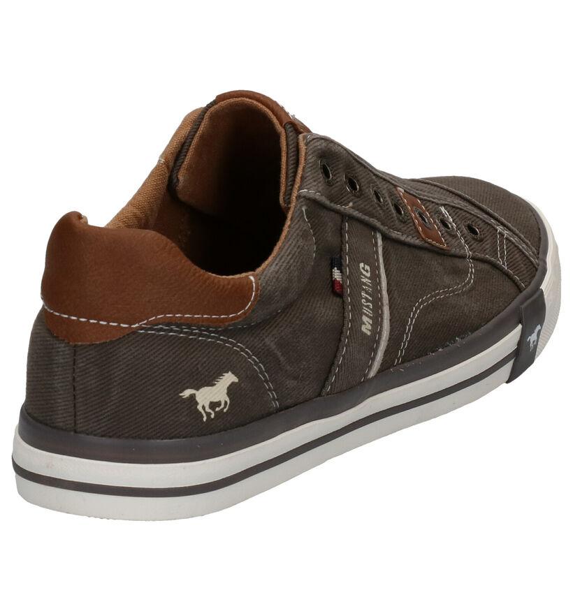 Bruine Slip-on Sneakers Mustang in stof (266716)