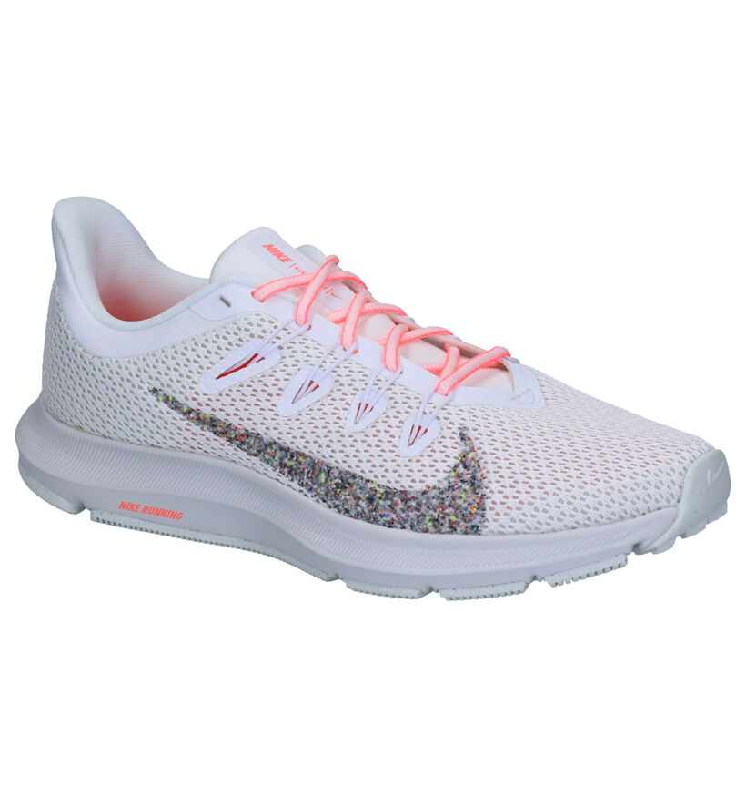 Nike Quest 2 Witte Sneakers in stof (261681)