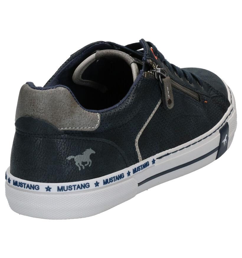 Mustang Chaussures basses en Bleu foncé en simili cuir (271185)