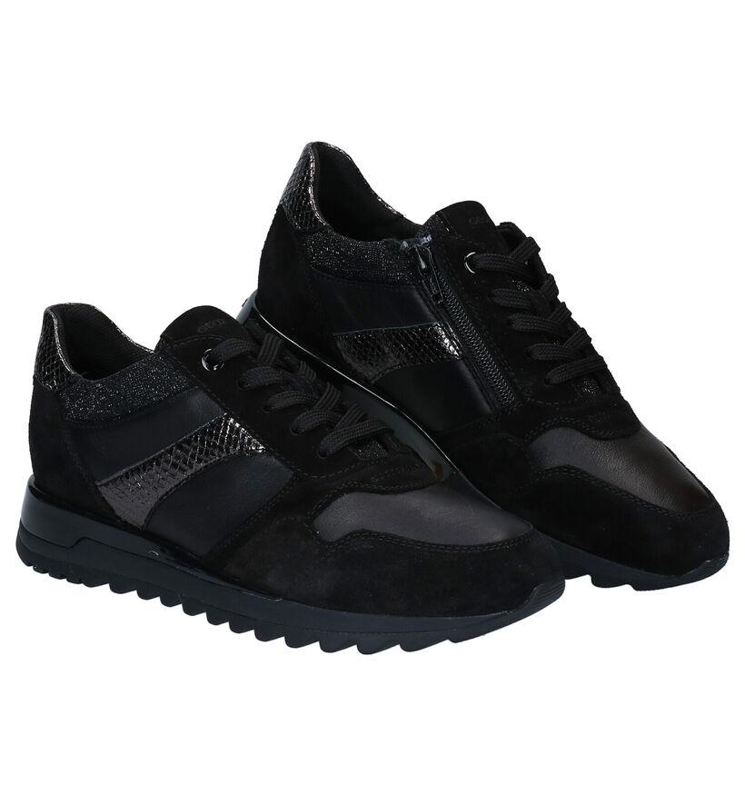 Geox Tabelya Chaussures à Lacets en Noir en cuir (278858)