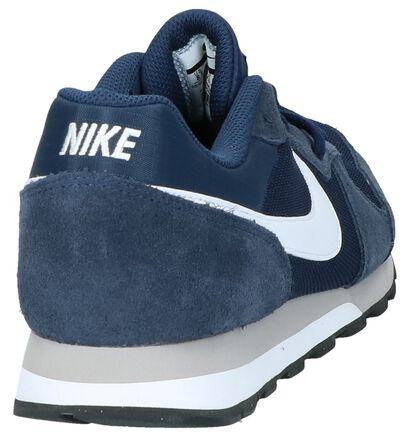 Nike MD Runner Baskets basses en Noir en daim (234112)