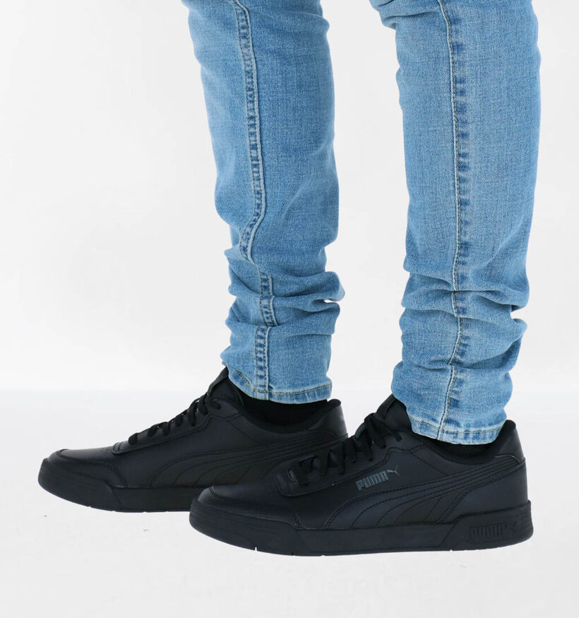 Puma Caracal Witte Sneakers in kunstleer (276735)