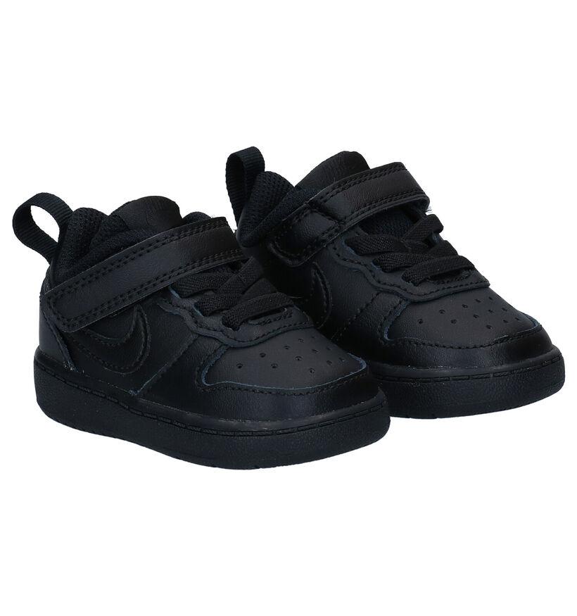 Nike Court Borough Low Baskets en Noir en cuir (284467)