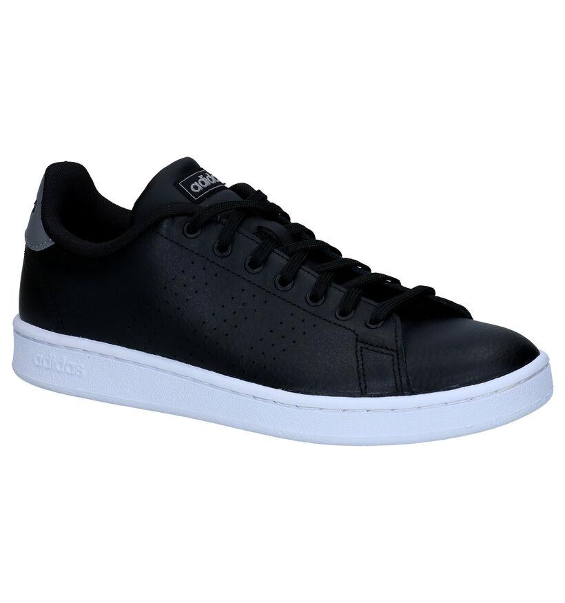 adidas Advantage Baskets en Noir en simili cuir (261839)