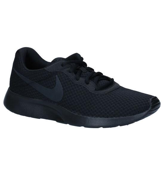 Nike Tanjun Zwarte Sneakers
