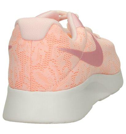 Nike Tanjun Baskets basses en Fluo en textile (198259)