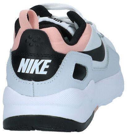 Nike Baskets basses en Blanc en textile (219819)