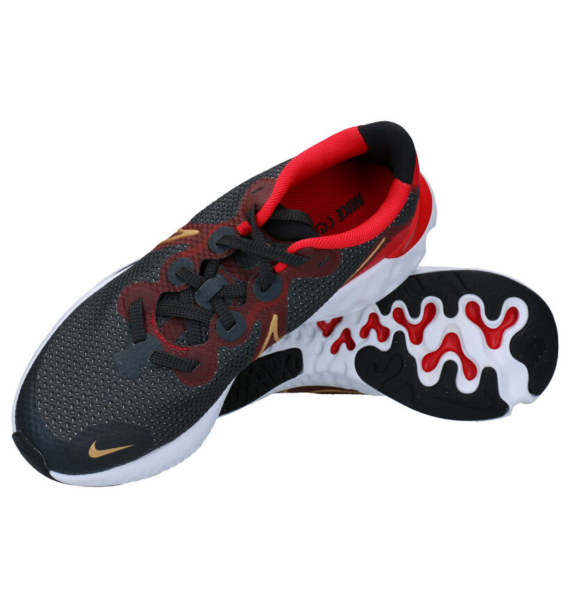Nike Renew Run Baskets en Noir en textile (283809)