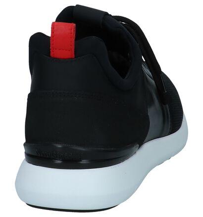 Zwarte Slip-on Sneakers NeroGiardini in leer (250211)
