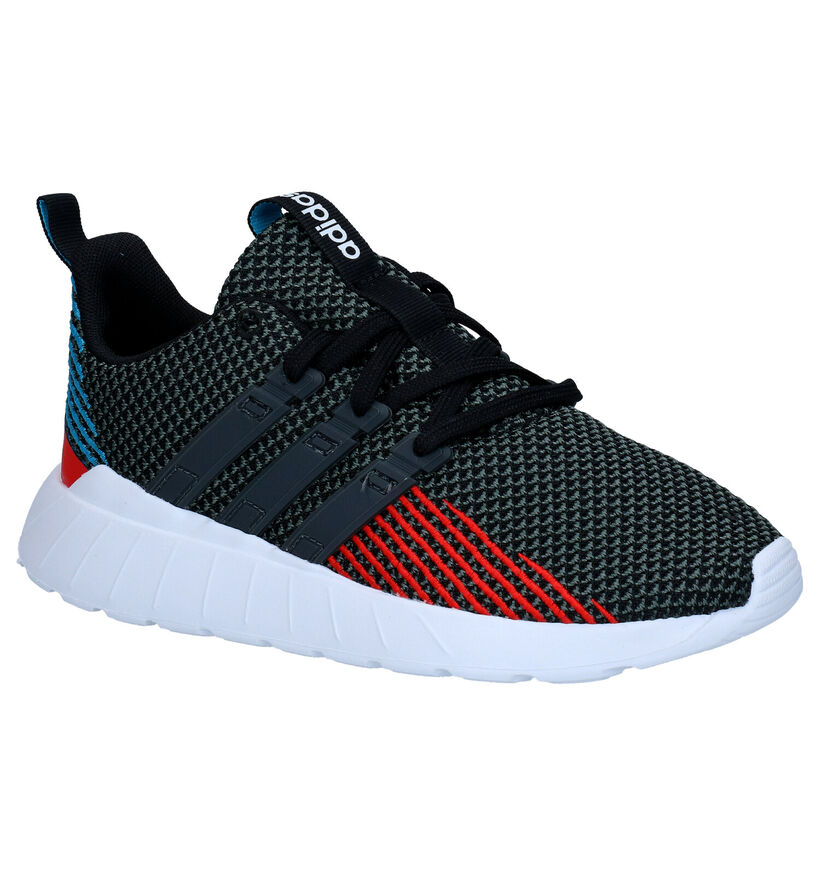 adidas Questar Flow Baskets en Noir en textile (273497)